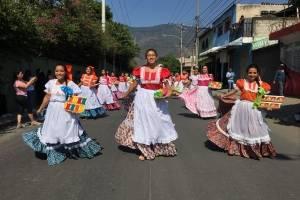 Desfile de inauguración de la Feria de la Cruz de Amatitlán 2018