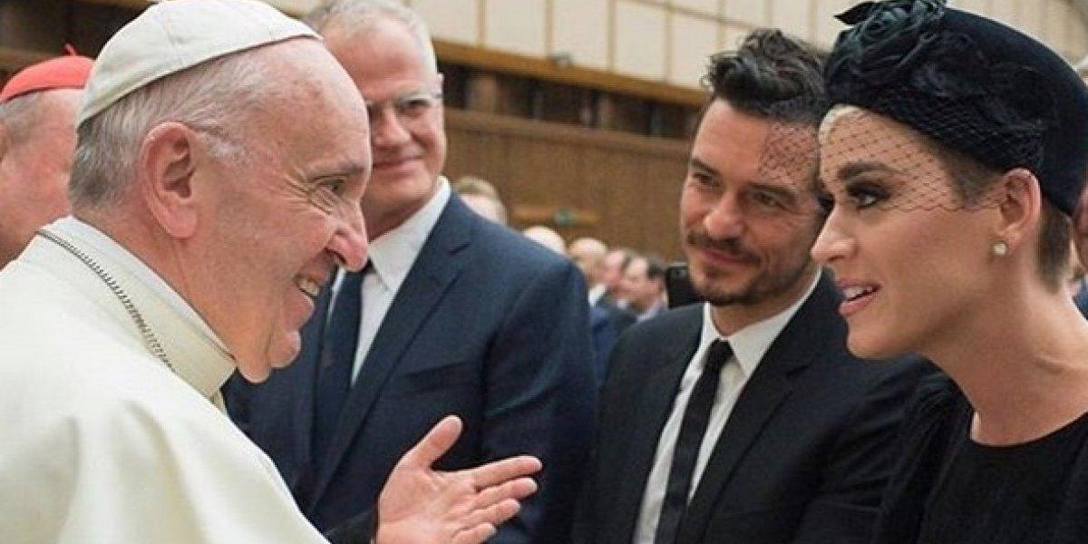 Katy Perry se muestra cada vez más enamorada de Orlando Bloom