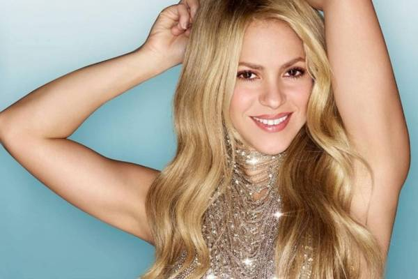 Shakira, Billboards, 2018,