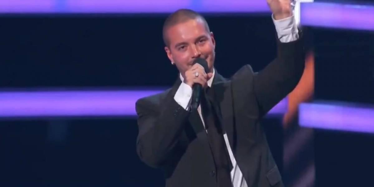 """""""Te amo padre"""" la conmovedora dedicatoria de J Balvin a su papá en los premios Billboard"""