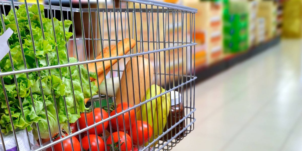Se reduce el gasto en compra de alimentos en la Isla según estudio