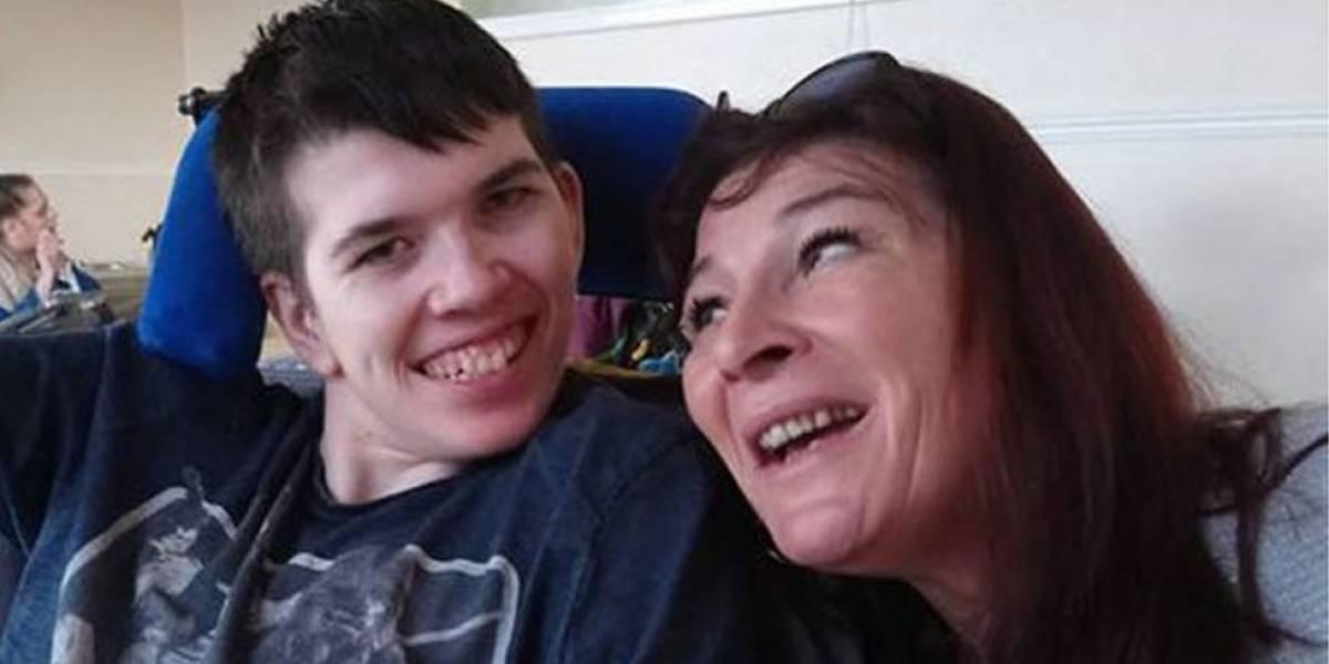 """""""Meu filho foi diagnosticado com Parkinson aos 11 anos"""""""