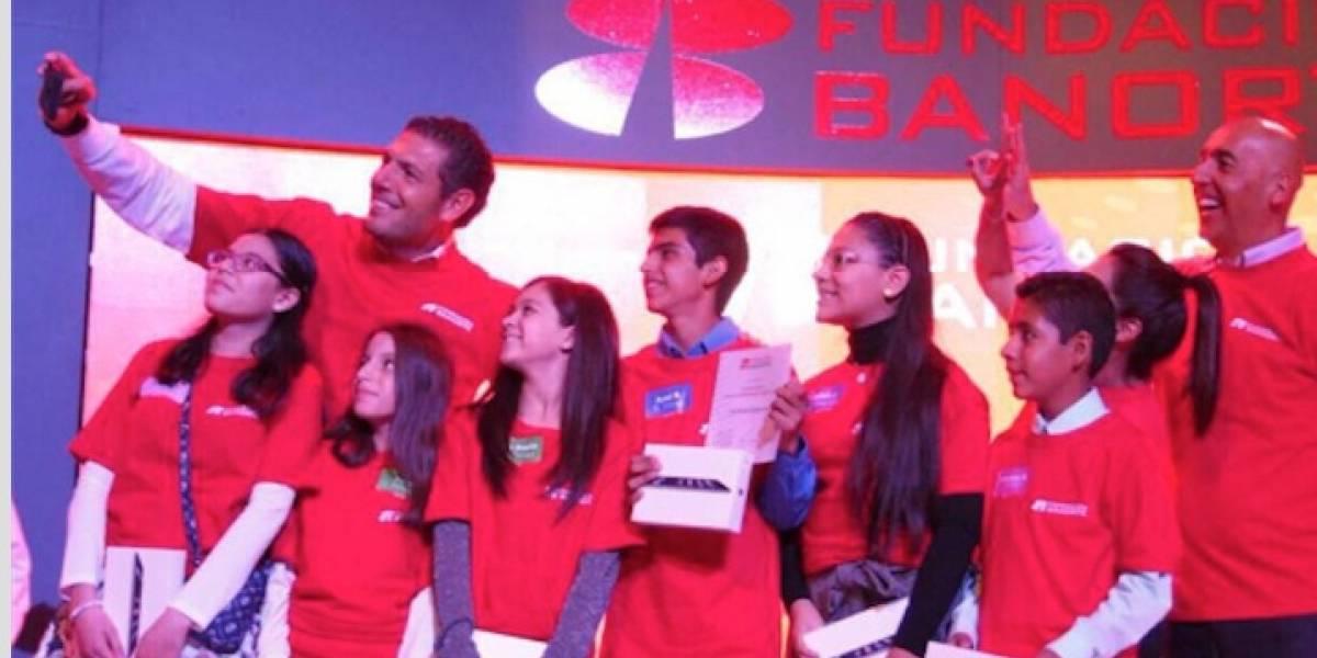 La mejor inversión es el futuro de nuestros niños: Carlos Hank González