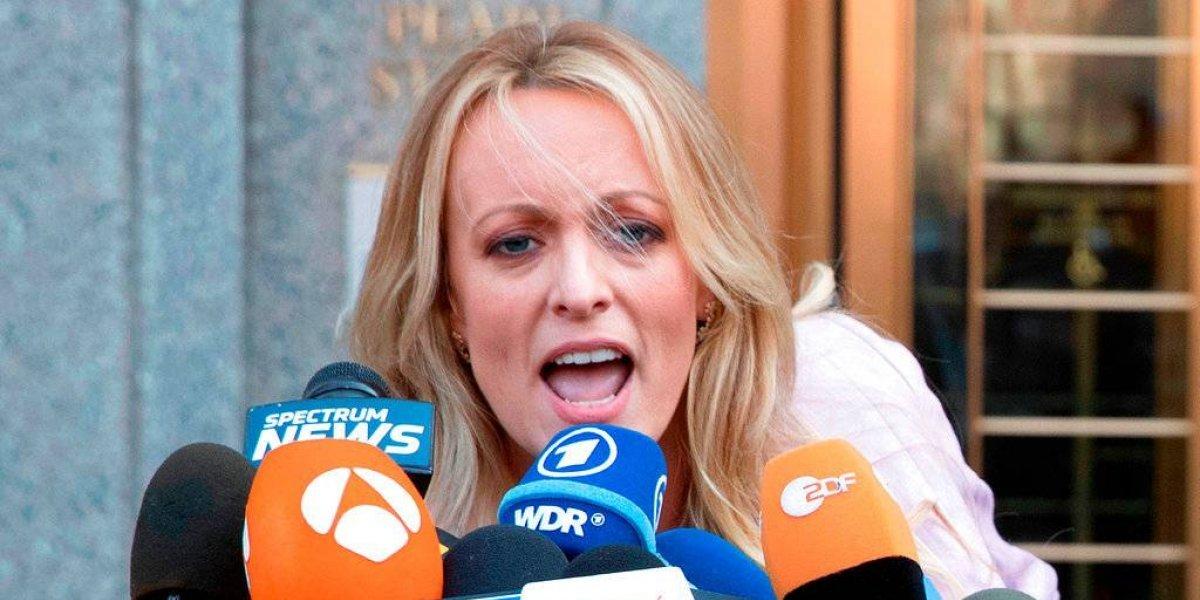 Ex actriz porno Stormy Daniels demanda a Trump por difamación