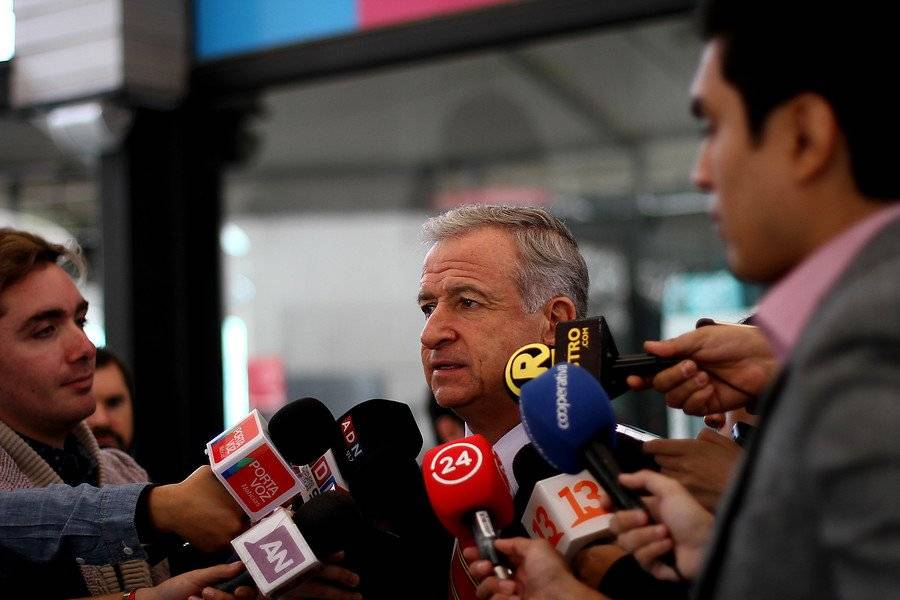 Ministro Larraín comentó cifras de empleo