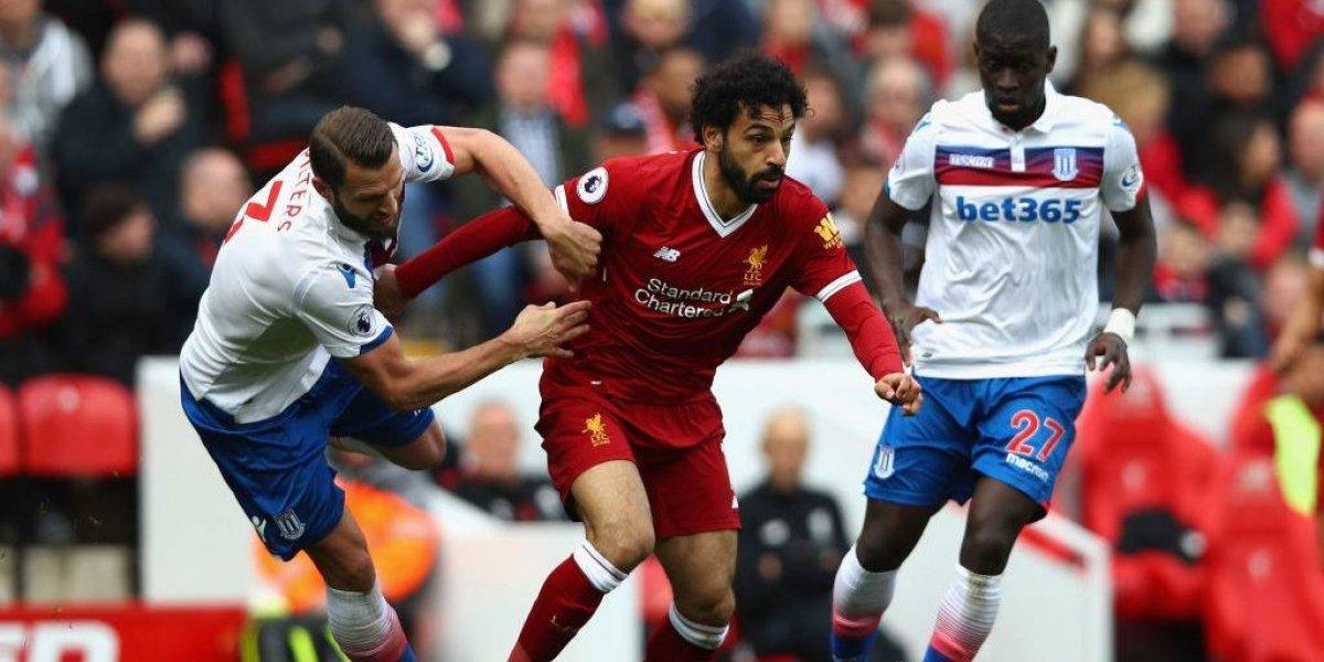 Se salvó Salah: no será sancionado tras agresión a jugador de Stoke City