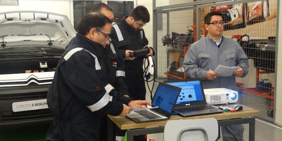 Con nuevos laboratorios, Inacap prepara a los futuros técnicos en la electromovilidad