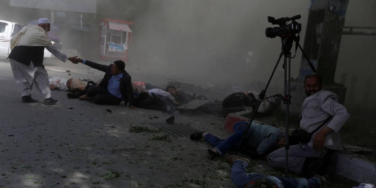 Atentados a bomba deixam 21 mortos em Cabul
