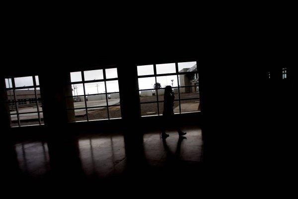 """""""La manada chilena"""": mujer acusa violación de parte de cinco hombres"""