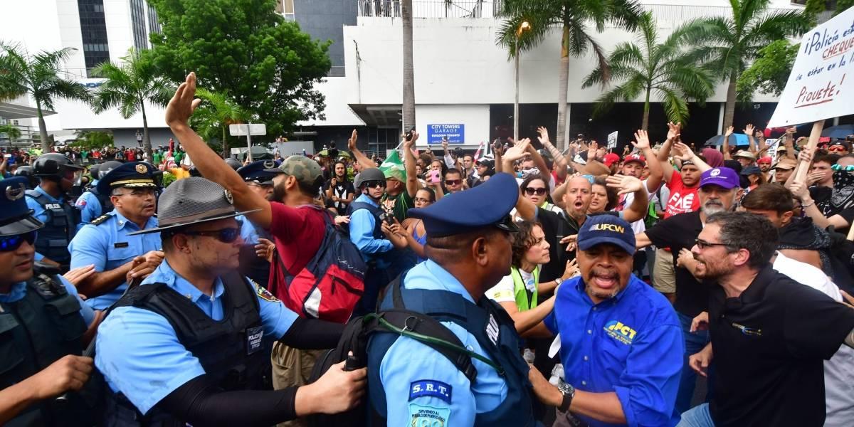 Bancos, centros comerciales y tribunales anuncian cierres para el 1ro de mayo