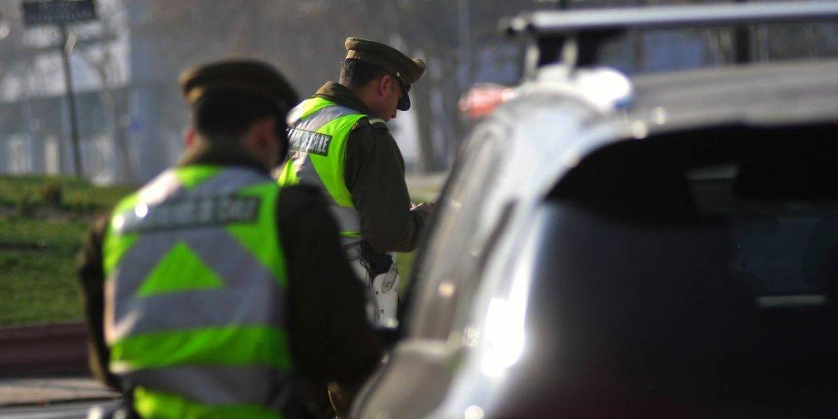 Multas de hasta $70 mil recibirán conductores de vehículos catalíticos que quiebren la restricción