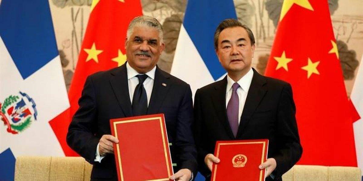 RD rompe lazos con Taiwán y crea relaciones con China