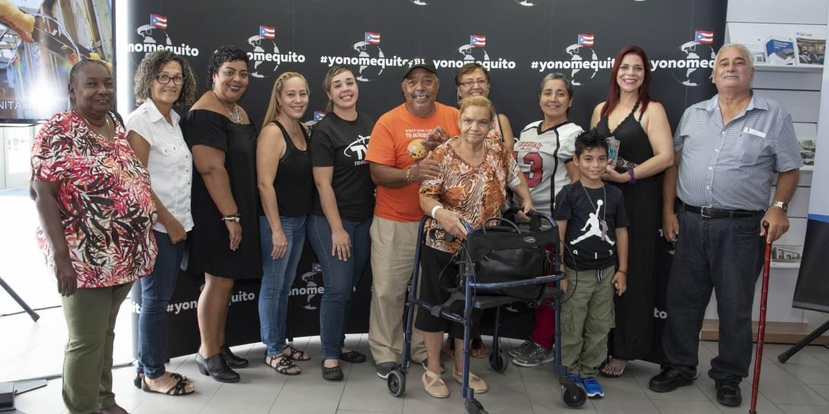 Donan vehículos a damnificados por los huracanes Irma y María