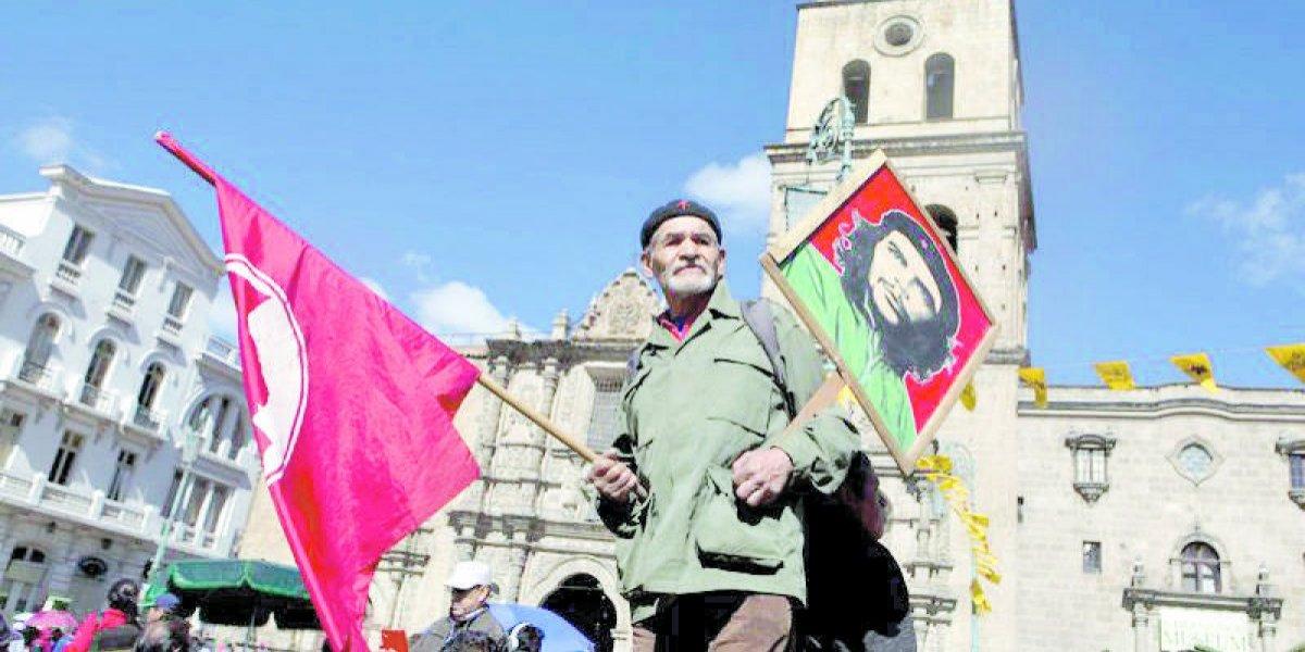 Empresas en quiebra pasarán a manos de obreros en Bolivia