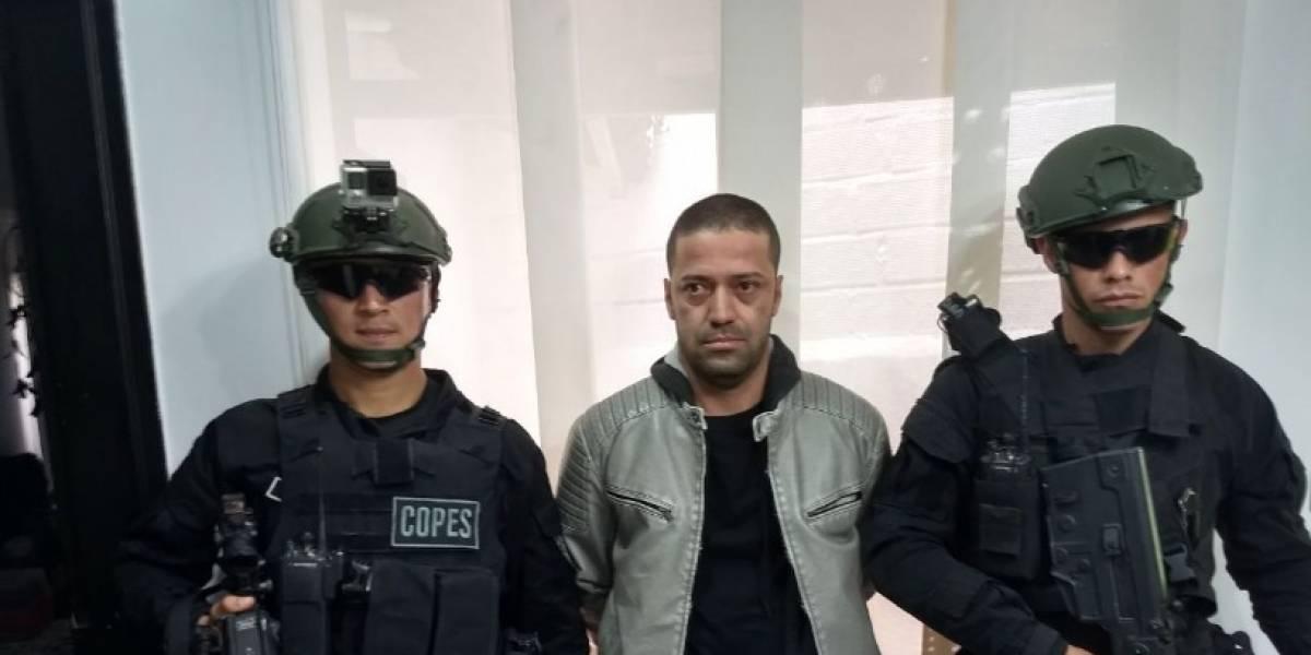 """Alcalde Medellín confirma que alias """"Juancito"""" se entregó a las autoridades"""