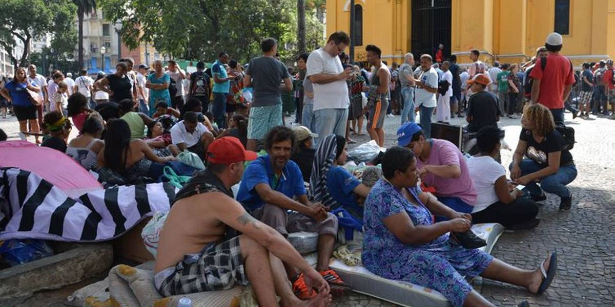 Prefeitura e movimento fecham acordo para famílias deixarem Largo do Paissandu