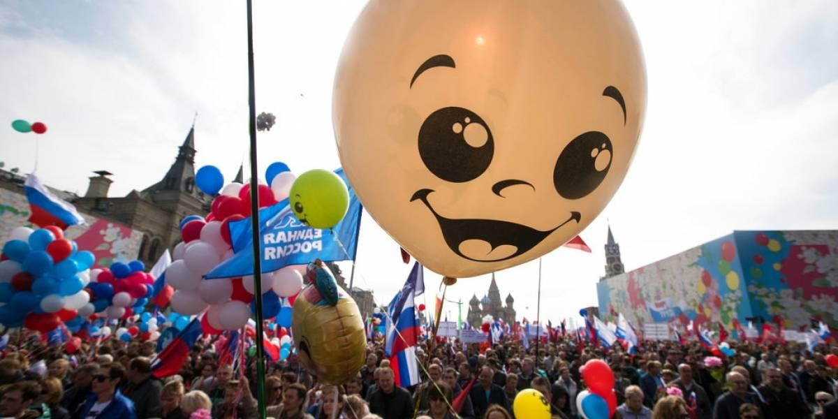 FOTOS. Miles se manifiestan en el Día Internacional del Trabajo
