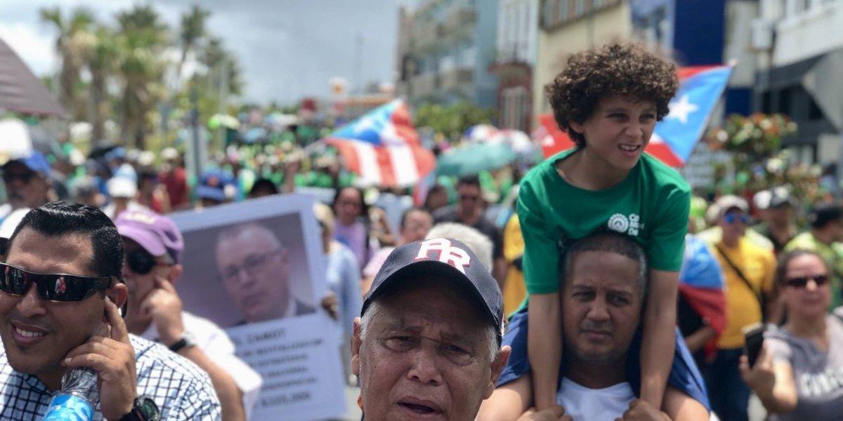 Cientos piden a la Legislatura que no apruebe el presupuesto de la Junta