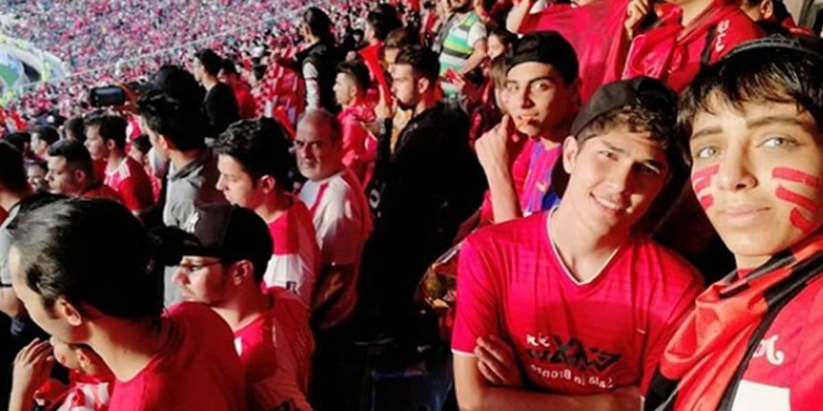 Mujeres se hicieron pasar por hombres para entrar a partido de fútbol en Irán