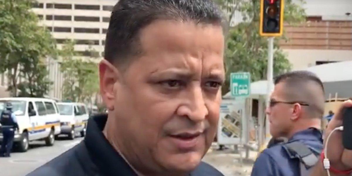 Policía defiende que oficiales graben a manifestantes