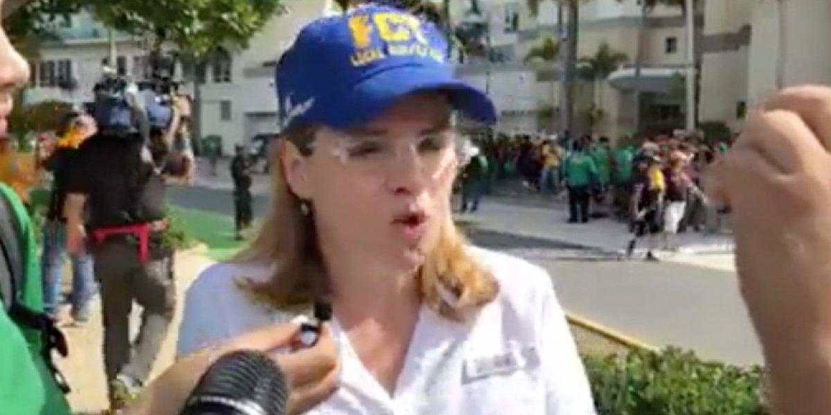 Carmen Yulín hace llamados a Rosselló en medio de protestas