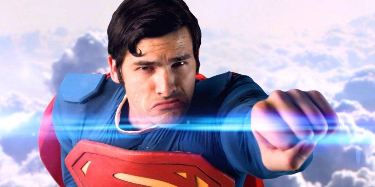Infografía: Evolución del logo, que significa 'esperanza' en kryptoniano