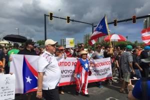 La delegación del Partido Popular Democrático (PPD), llegó acompañada de su presidente, Héctor Ferrer. / Foto: Miladys Soto