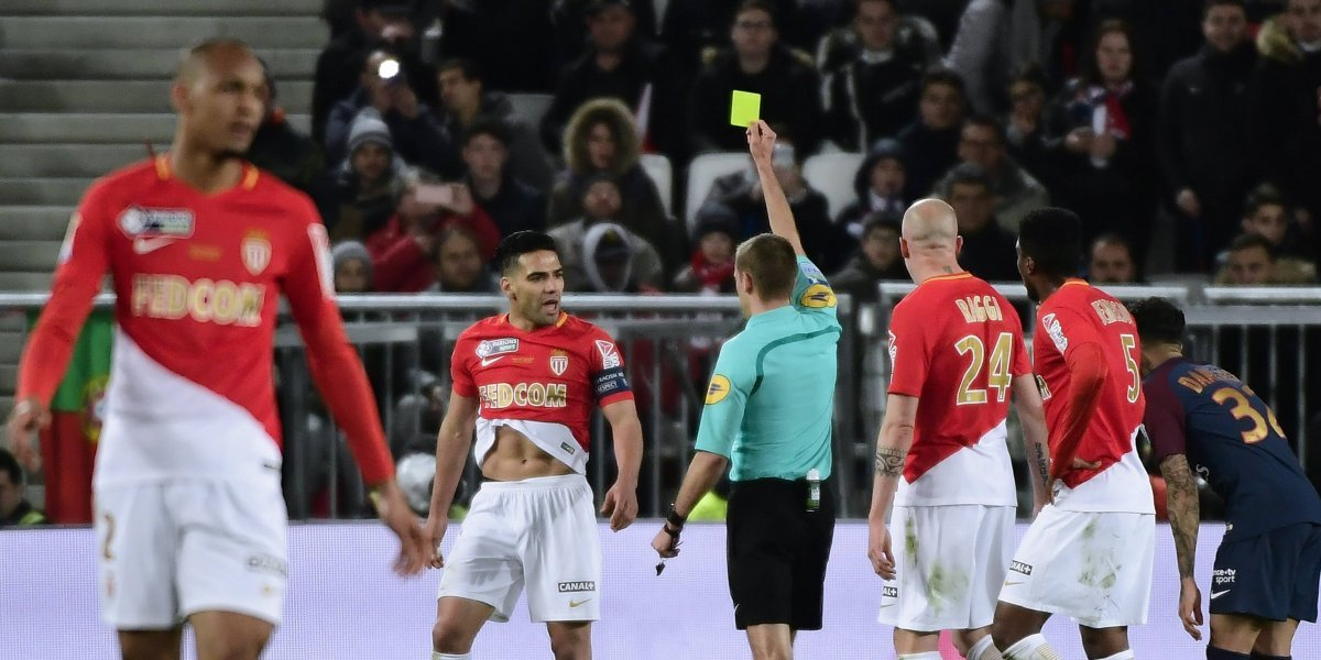 Esto es lo que piensan los árbitros franceses sobre Falcao