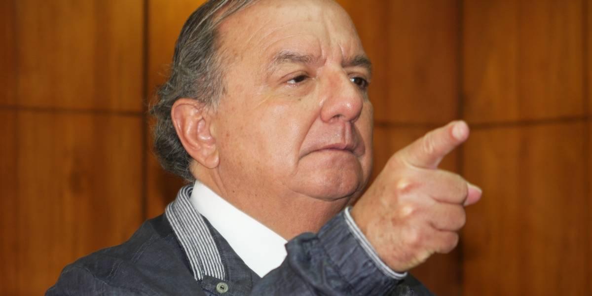 ¿Por qué el partido de Álvaro Noboa fue cancelado por el CNE?