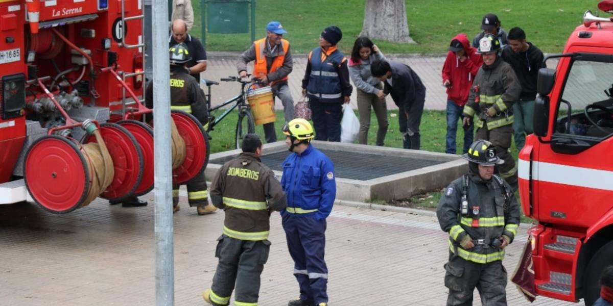 La Serena: llamaron a bomberos creyendo que había un incendio en un estacionamiento subterráneo pero la razón del humo era otra
