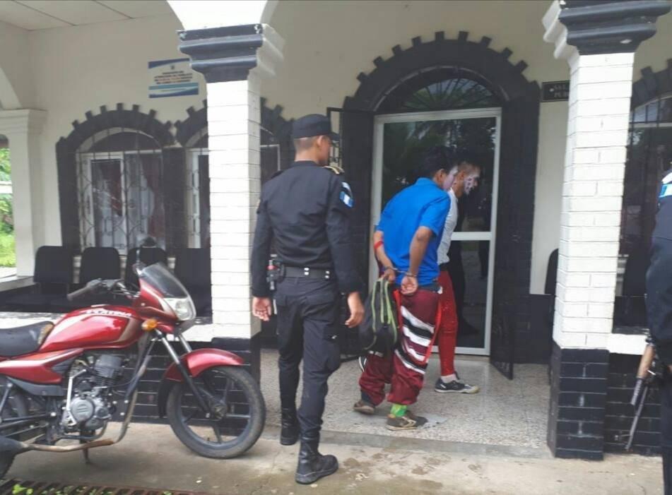 hondureños capturados por vestirse de payasos y asaltar