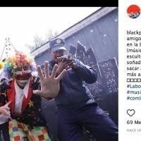 Instagram Black Pop