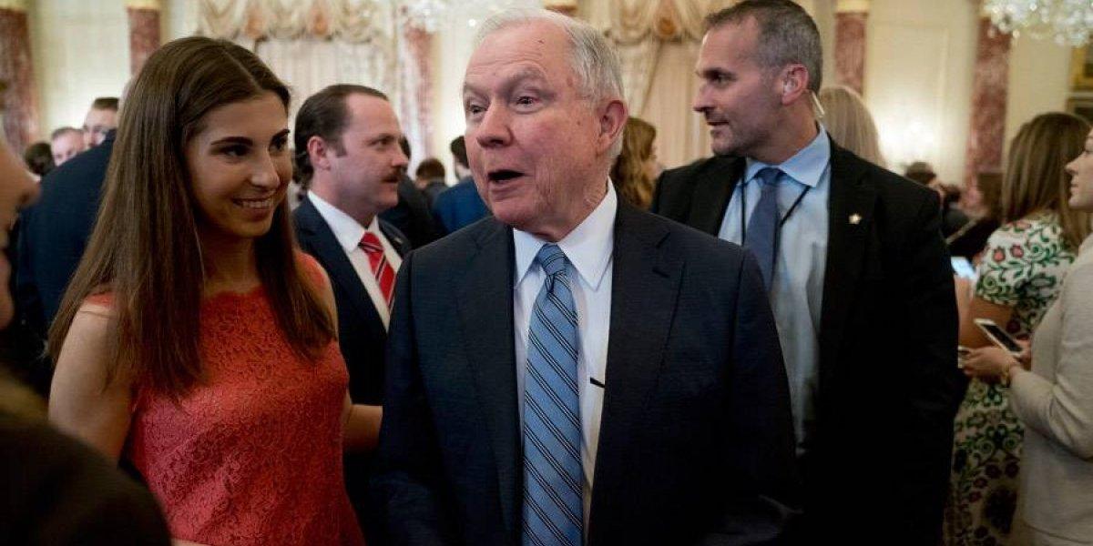EE. UU.: Nombran más fiscales y jueces para inmigrantes