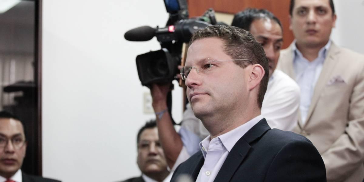 Alcalde Mauricio Rodas Mauricio Rodas rinde su versión libre y voluntaria en la Fiscalía