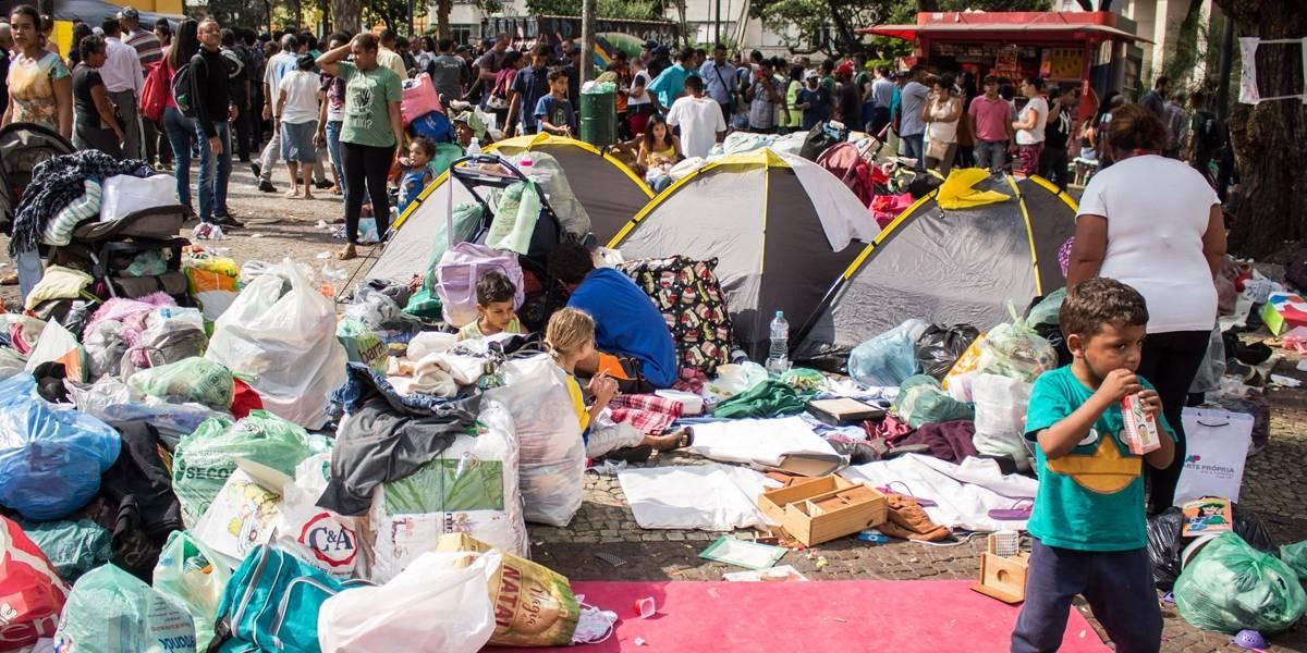 Moradores de prédio que desabou se recusam a deixar Largo do Paissandu