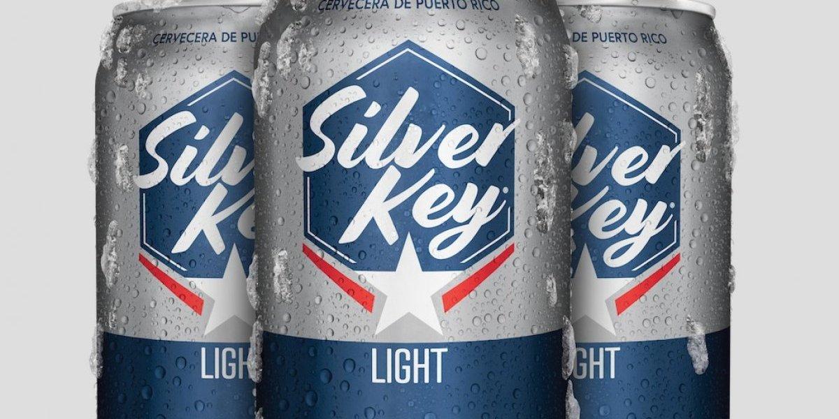 Cervecera de Puerto Rico rediseña imagen de Silver Key Light