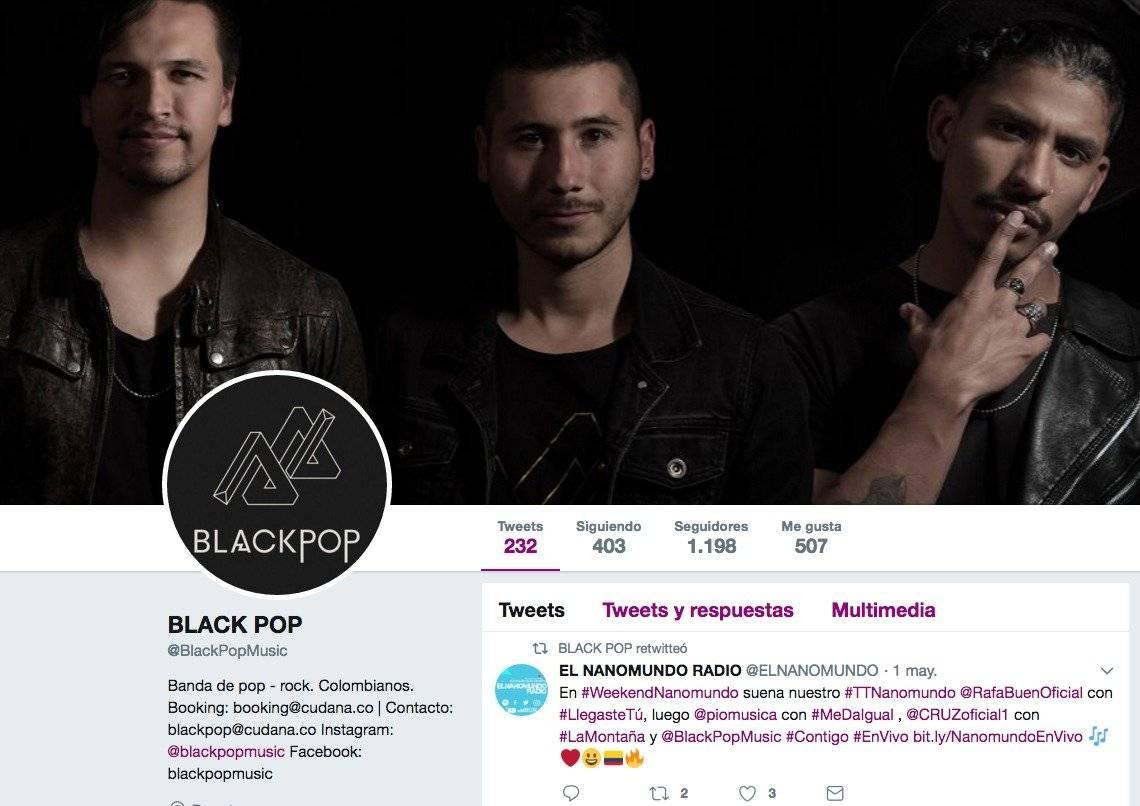 Twitter Black Pop