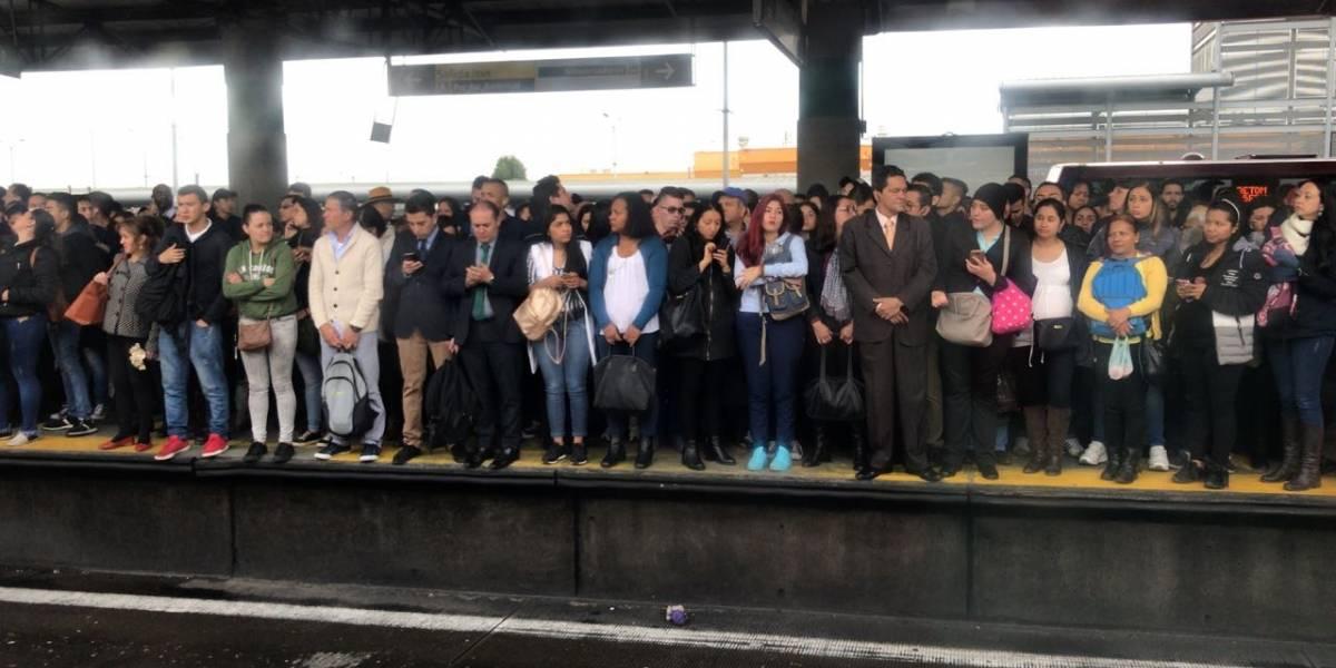 Bloqueos y protestas en TransMilenio por falta de buses