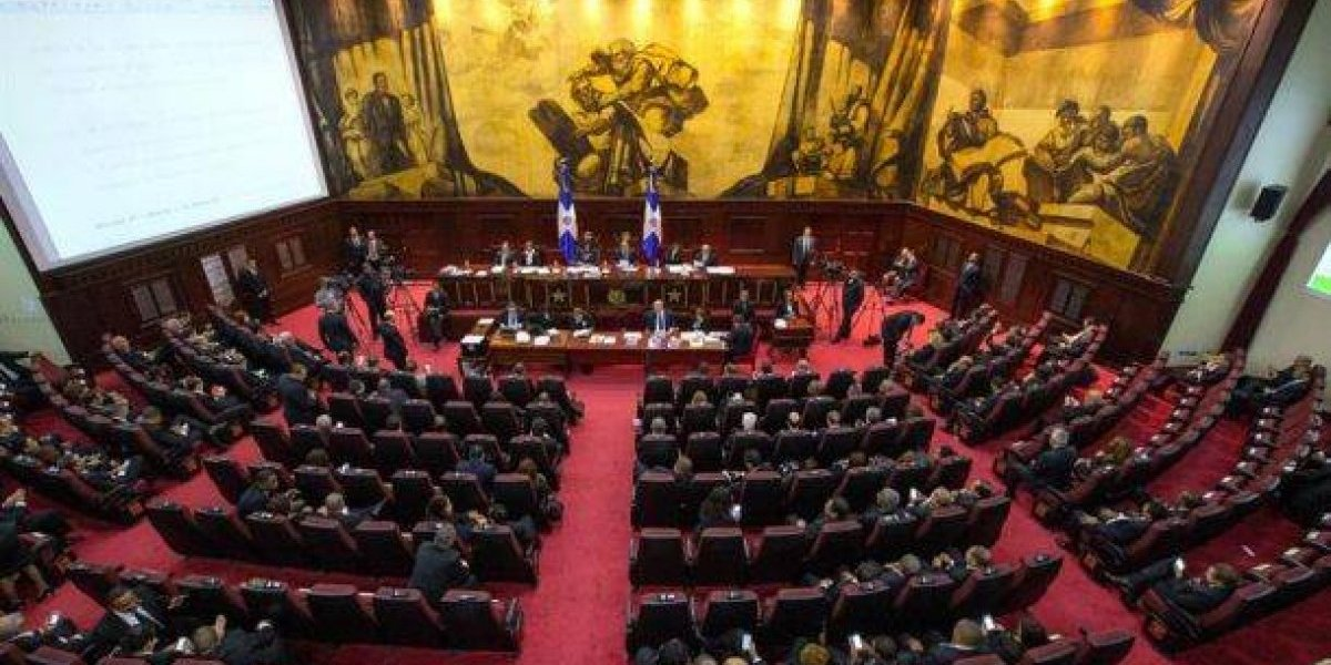 Cámara de Diputados envía a comisión proyecto ley de partidos