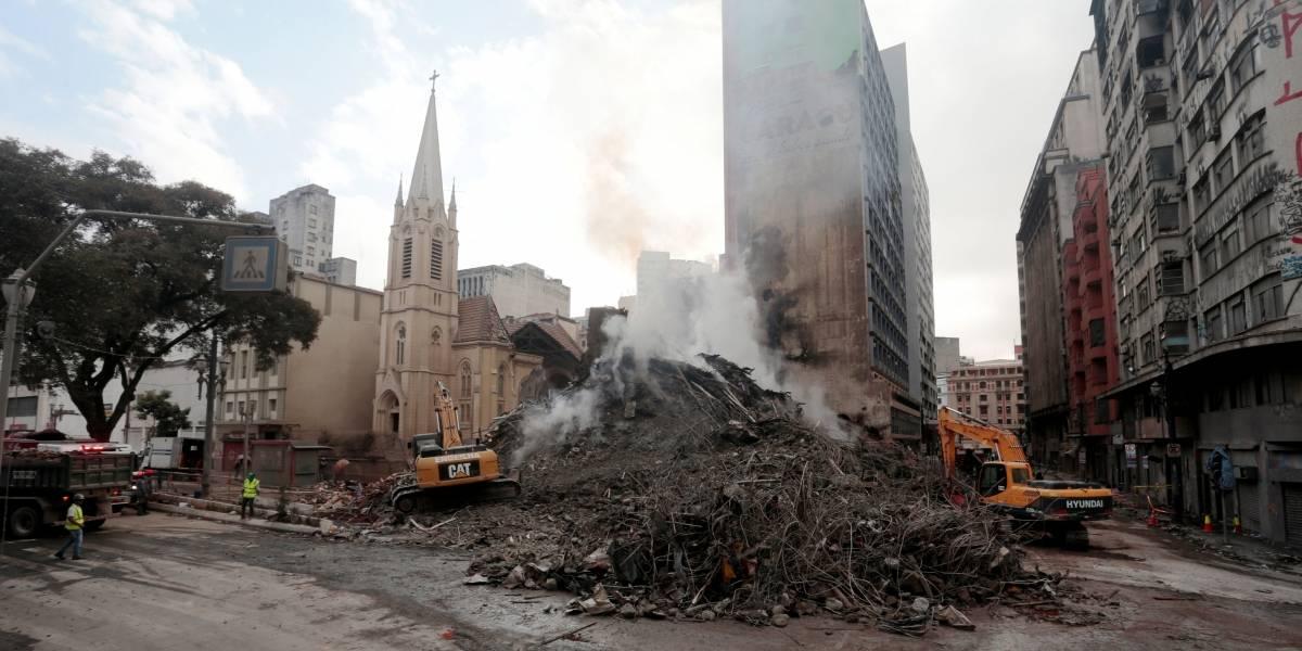 Trabalho de remoção de escombros deve durar pelo menos 15 dias