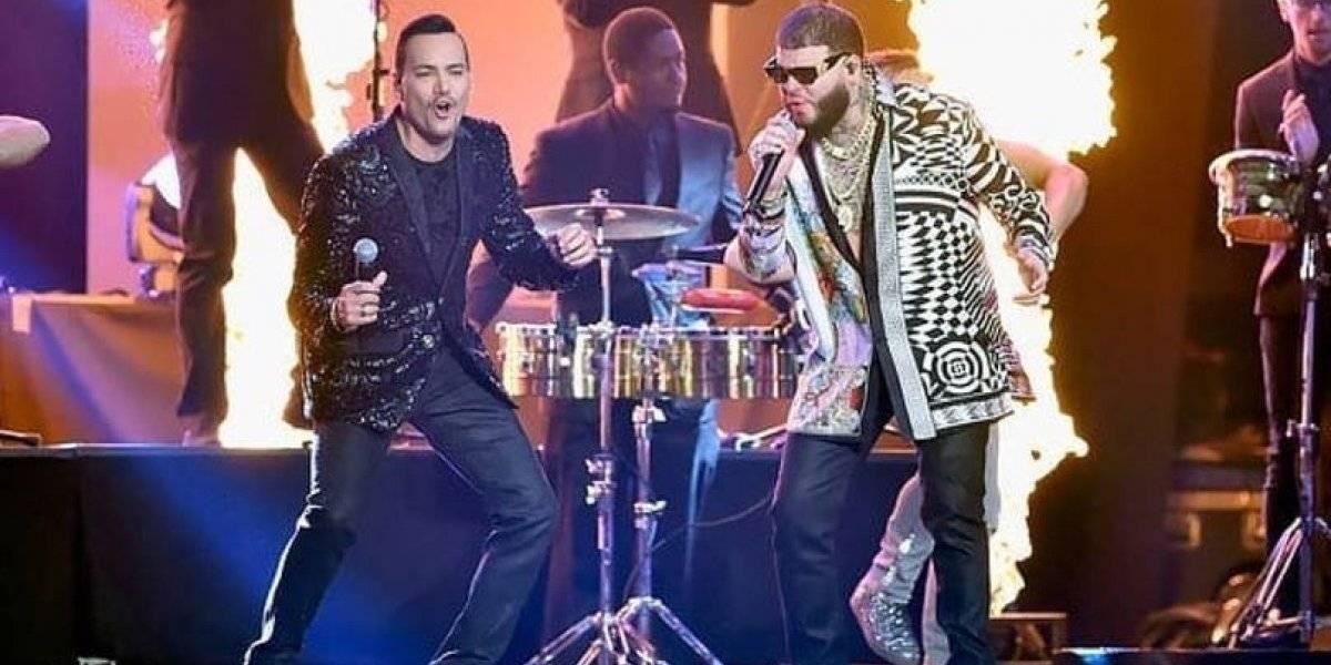 """""""Te voy a dar bien duro como Chris le daba a Rihanna"""": Crece indignación por canción de Víctor Manuelle y Farruko con contenido machista"""