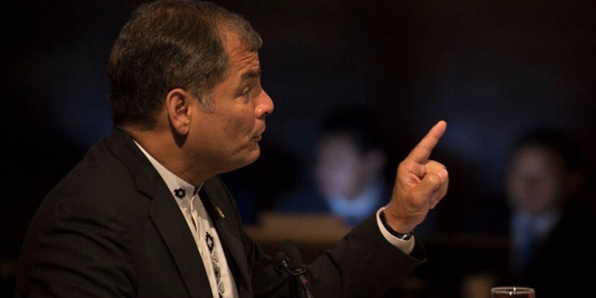 """Rafael Correa: """"Atentado a los derechos humanos es perseguir a correistas"""""""