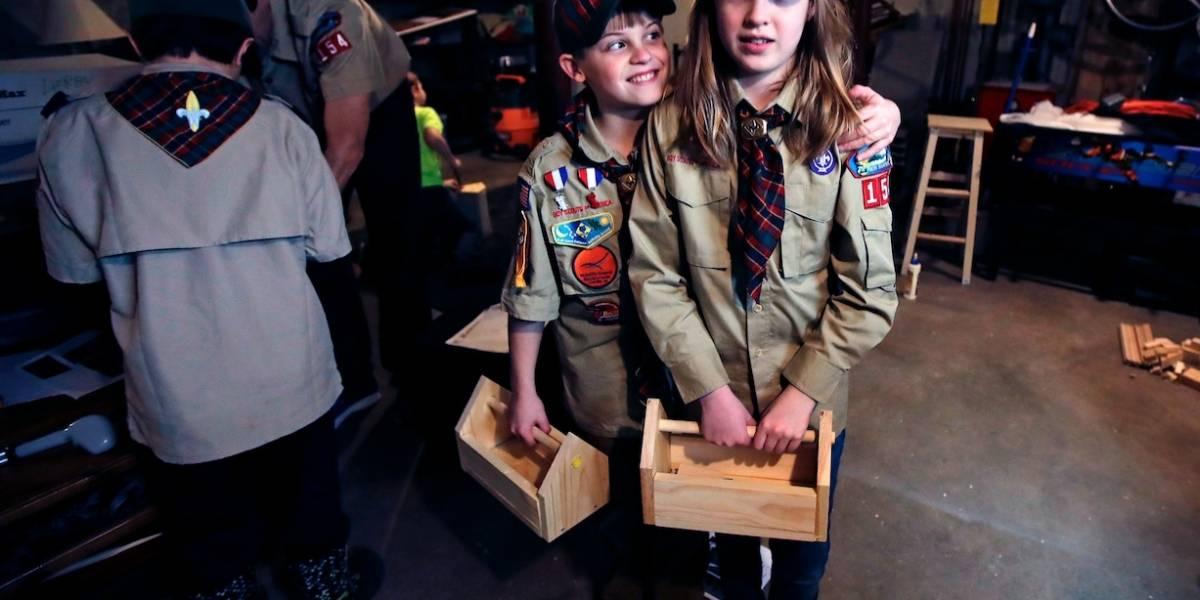 Los Boy Scouts le abren la puerta a las niñas: después de cien años cambian su nombre