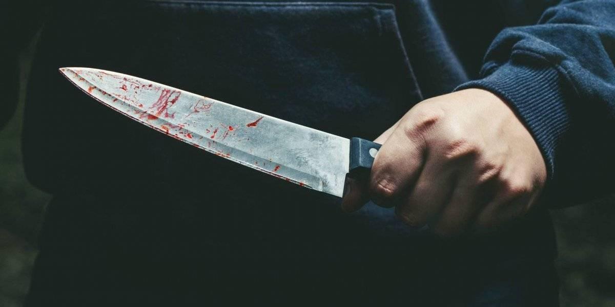 """""""Pienso en matar a alguien y sonrío"""": decapitó y le cortó las manos a un compañero de clases porque habría estado saliendo con su novia"""