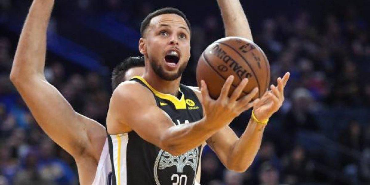 Curry será titular en el juego de hoy