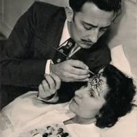Salvador Dalí y Gala.