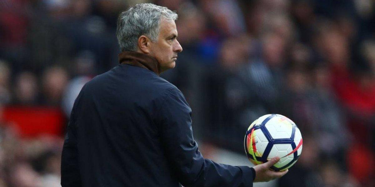 """Mourinho se enoja al ser consultado por """"lista negra"""" del Manchester United"""