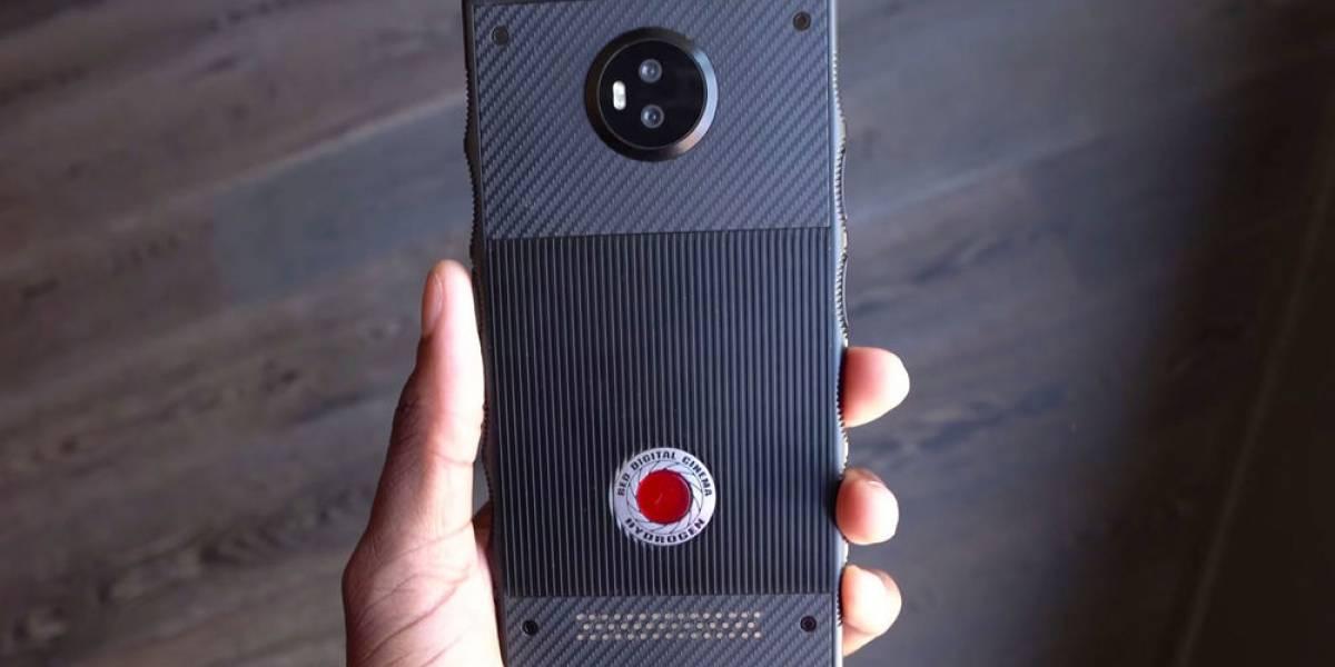 """El móvil holográfico de RED se retrasa porque """"no tienen idea de lo que están haciendo"""""""