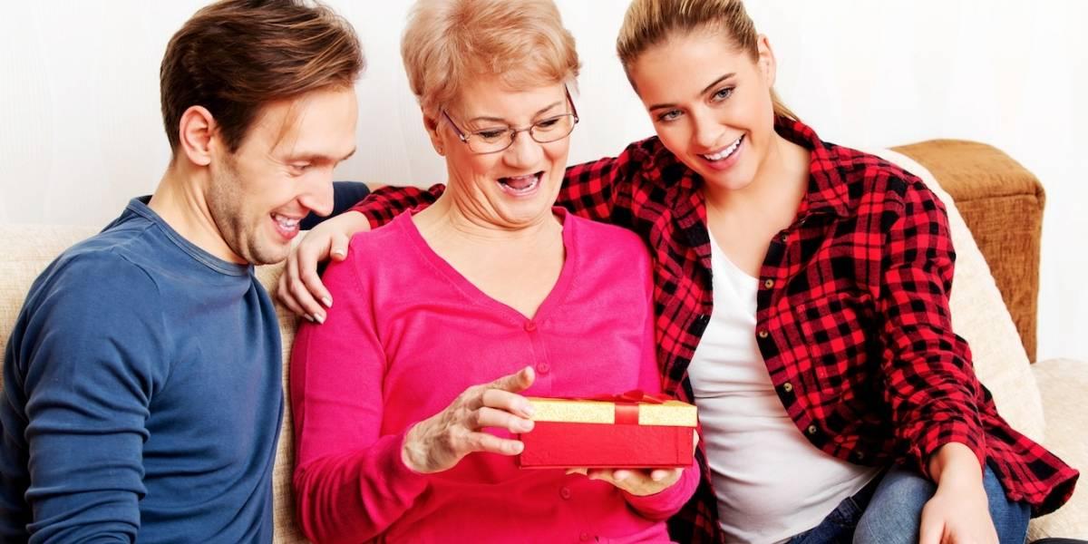 Así puedes comprarle un regalo a tu mamá y hacer un gran acto social