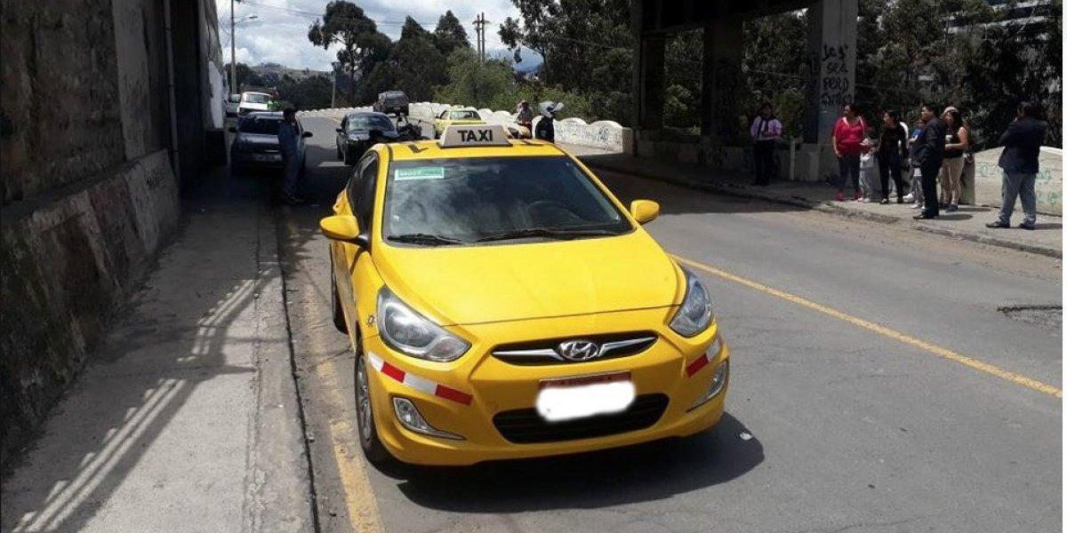Taxista fue asesinado con 16 puñaladas en Ambato